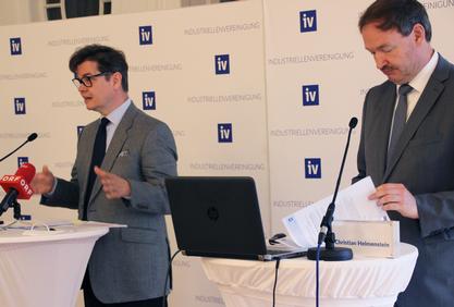 IV-GS Christoph Neumayer und IV-Chef-Ökonom Christian Helmenstein